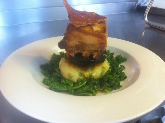 The Greyhound Inn: Slow Roasted Pork Belly in Aspalls, Black Pudding, Bubble & Squeak Cake