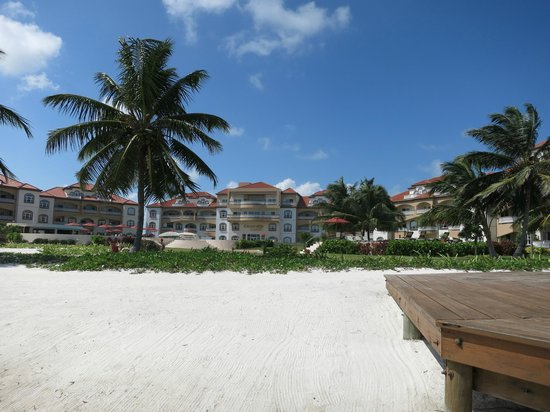 Grand Caribe Belize Resort and Condominiums:                   Grand Caribe