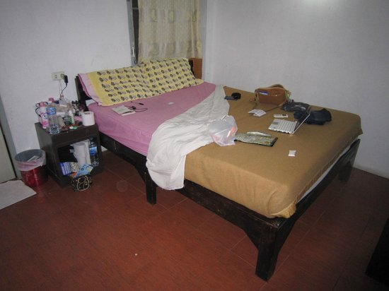 Home Place Guest House:                                                       air condition double room