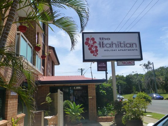 The Tahitian: Reception area