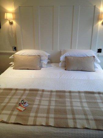 11 Cadogan Gardens:                   nice comfy bed                 