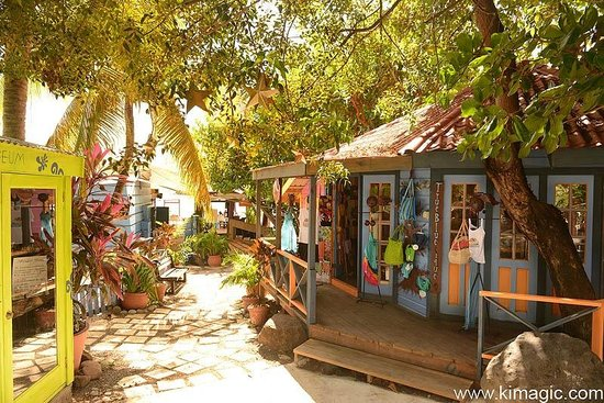 True Blue Bay Boutique Resort: Boutique Shop