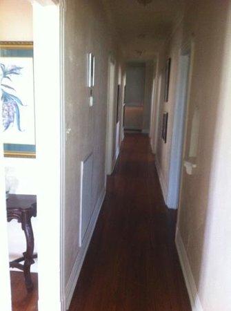 New Orleans Courtyard Hotel:                   corrodoio