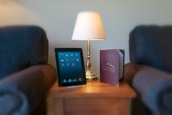 Manakau Lodge: Complimentary use of an iPad in every room