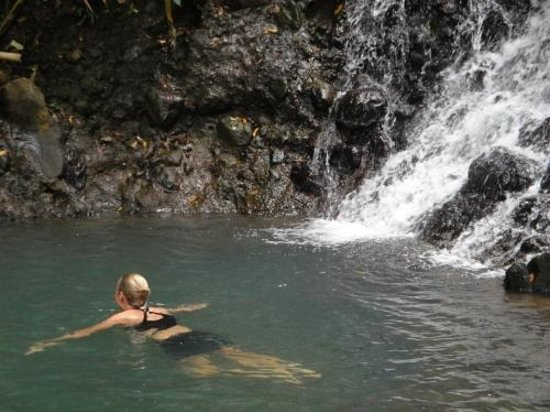 A Peace of Paradise: Swim at waterfall