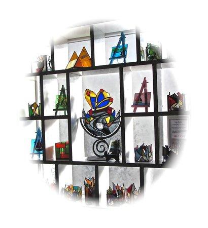 Spiddal Craft & Design Studios: Sue Donnellan's glass art studio