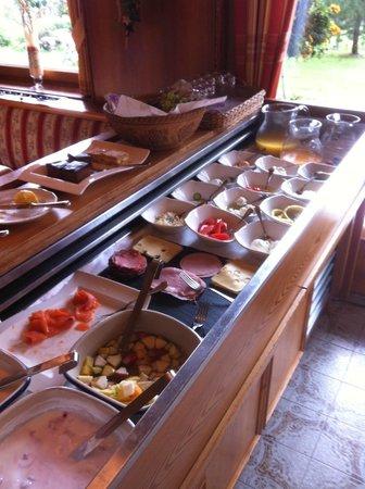 Hotel Rosslhof: Fantastic selection of food