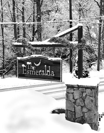 The Esmeralda Inn: Snowing at the Esmeralda