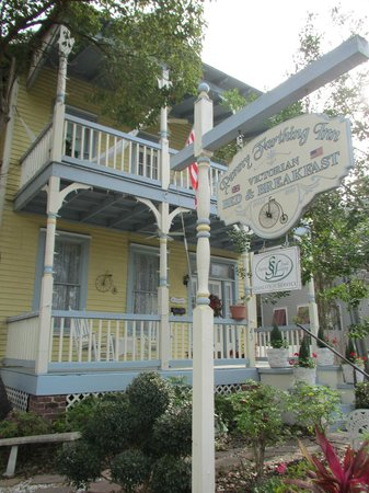 Penny Farthing Inn:                   Front of B&B