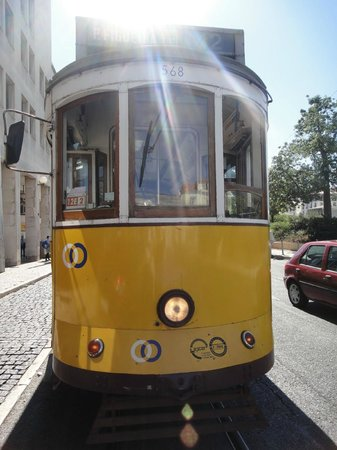 Barrio Alto:                   The trolley is a historical piece.