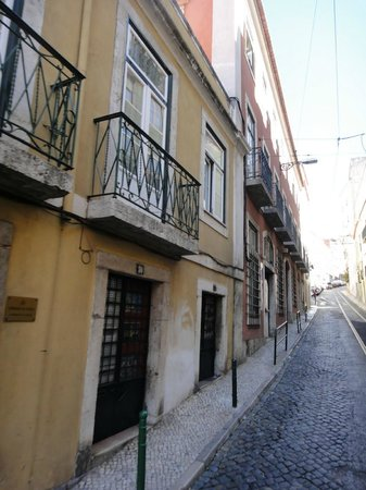 Bairro Alto:                   The neighborhood is beautiful.