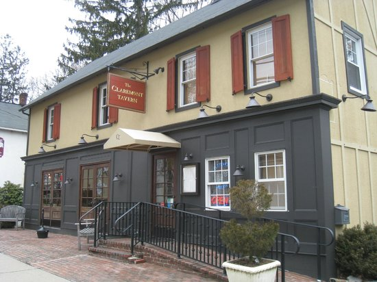 The Claremont Tavern, a new favorite!