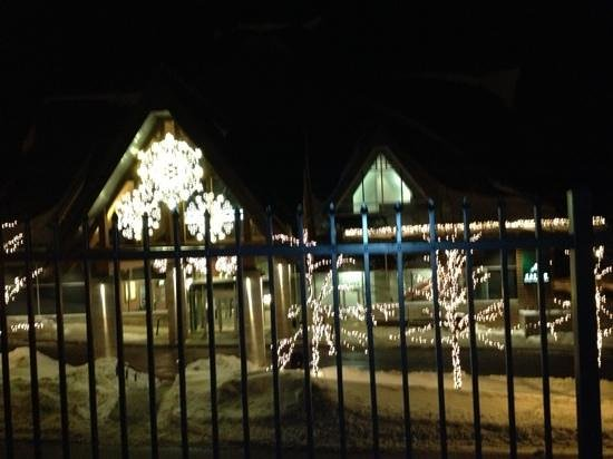 Altitude Seafood and Grill - Lounge: Lights at Casino Mont Tremblant