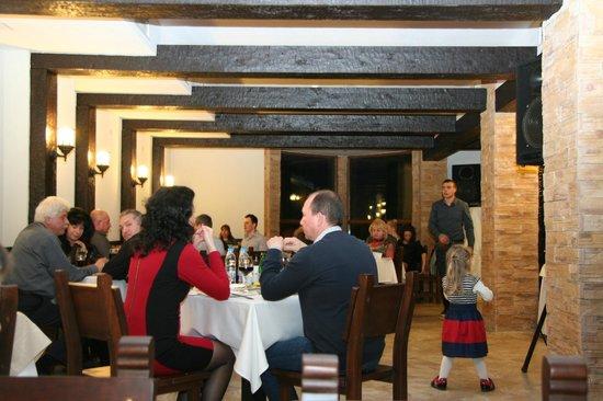 All Seasons Club Restaurant