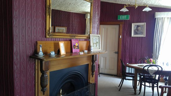 Mole Creek Guesthouse: Guest sitting room