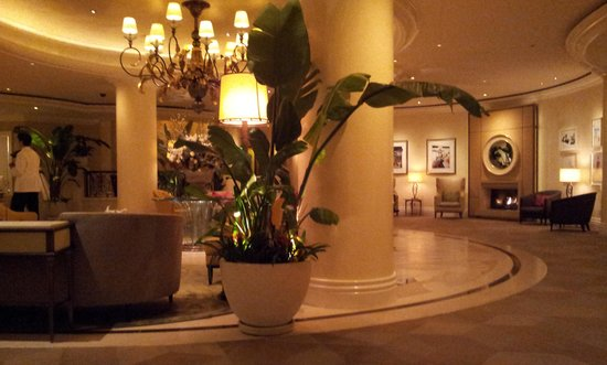 The Beverly Hills Hotel:                   hotel reception area