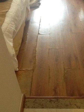 Vila Gale Salvador:                   piso do quarto