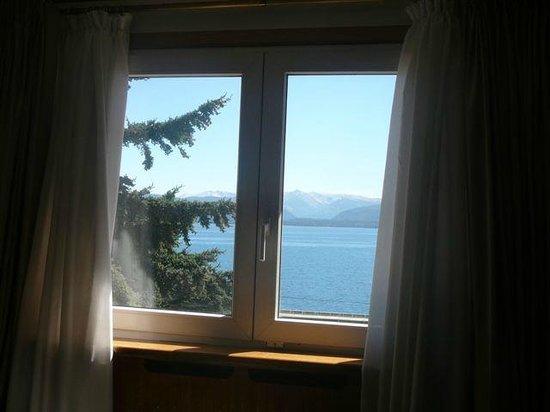 Hotel Tres Reyes:                   Vista al Lago
