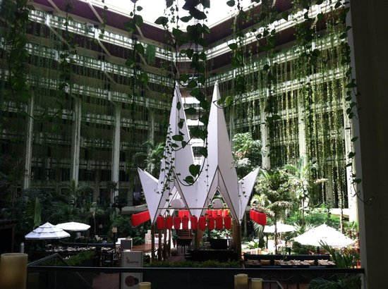 Paradisus Cancun:                   Lobby