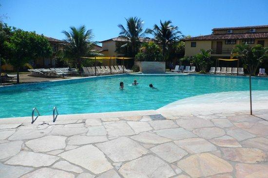 Resort La Torre:                   PILETA PRINCIPAL