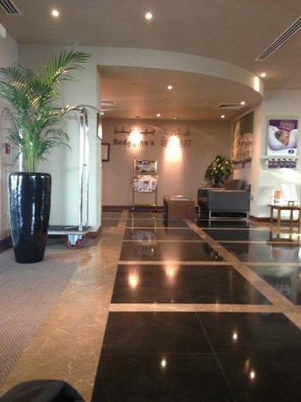 Premier Inn Dubai Silicon Oasis Hotel: Hotel foyer