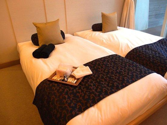 Private Hotel & Spa restaurant Shinra:                   ベッドとアメニティ