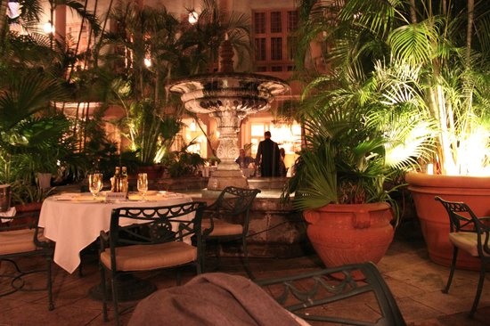 The Biltmore Hotel Miami Coral Gables :                   hotel dining