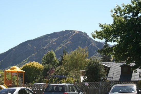 Arrowtown Motel Apartments:                   Views from room