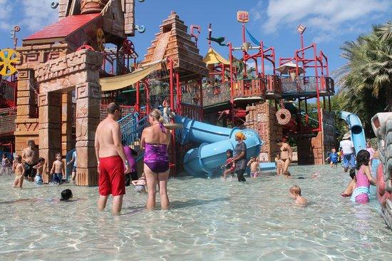 Atlantis, The Palm:                   Детский аква парк, находится на территори отеля и абсолютно бесплатный