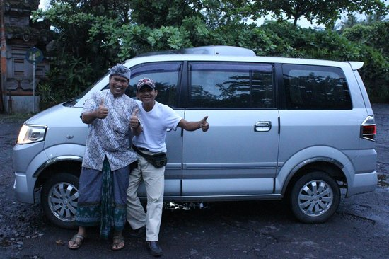 Agus Bali Private Tours:                                     Agus and Wayan
