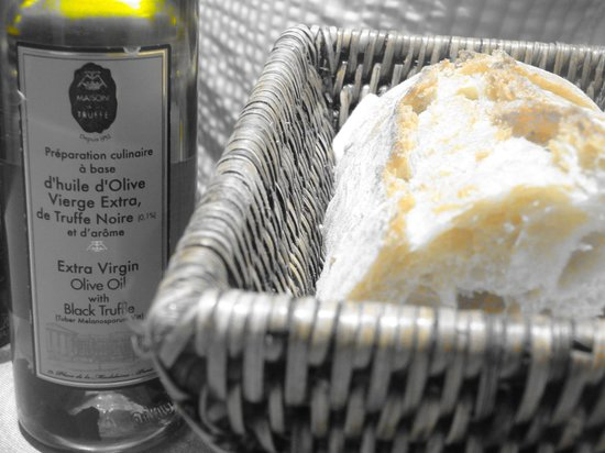 Maison de la Truffe:                   Olive Oil and Bread