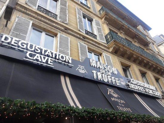 Maison de la Truffe:                   Store front
