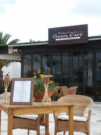 Oasis Cafe: teraza