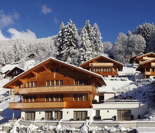 Romantik Hotel Schweizerhof: Snow and sunshine in November