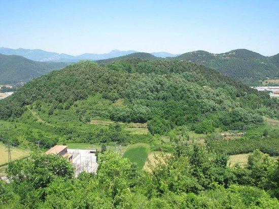 Parque Natural de la Zona Volcánica de la Garrotxa:                   Volca de la Garrinada - the private area