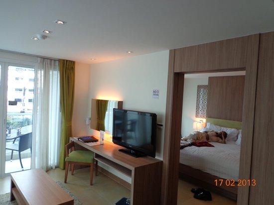 Centara Pattaya Hotel:                   room