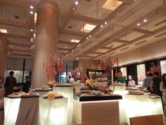 Conrad Centennial Singapore:                   Oscars Buffet Breakfast