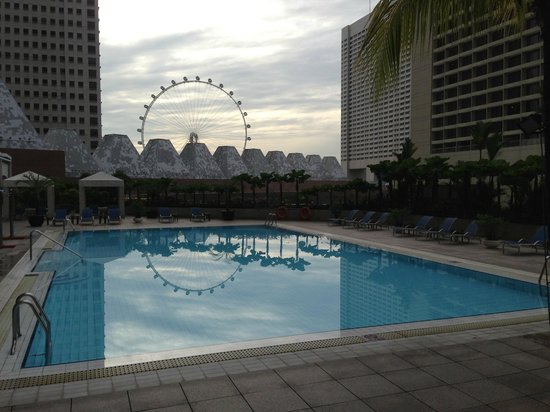 Conrad Centennial Singapore:                   Pool area