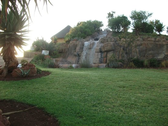 Hannah Game Lodge: late receprion