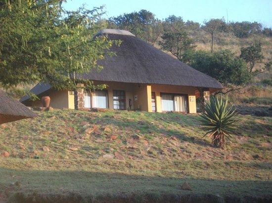 Hannah Game Lodge: vista bungalow