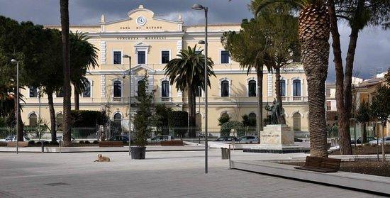 Piazza Luigi Allegato