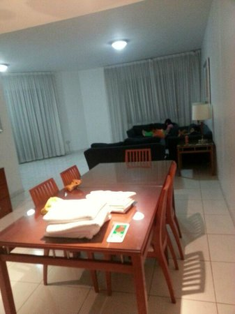 Golden Sands Hotel Apartments:                   dining and reception