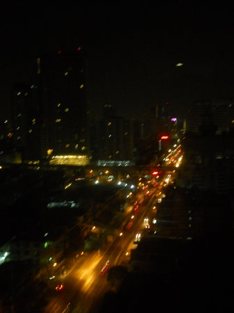 Bangkok City Hotel:                   the night view from 19th floor