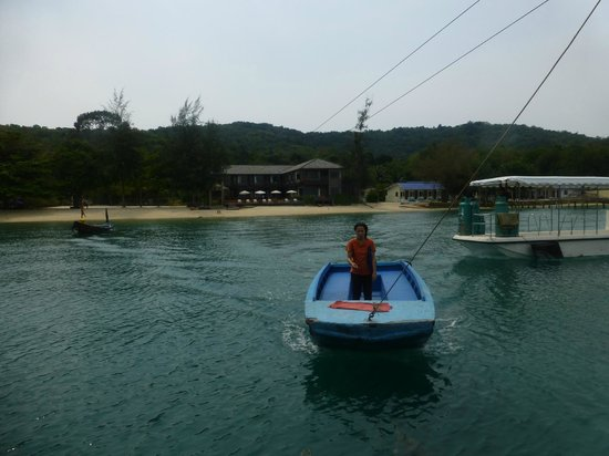 Baan Ploy Sea:                   The Connecting Boat