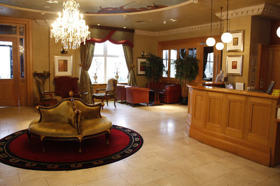 Ballyliffin Lodge & Spa Hotel: Foyer