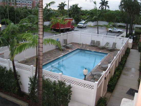 BEST WESTERN PLUS Fort Lauderdale Airport South Inn & Suites: vistas
