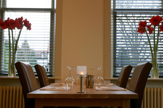 Nether Abbey Hotel: The restaurant