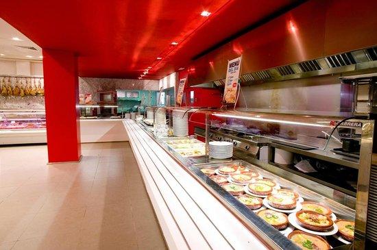 Hotel Abades Loja: Tiendas, Self-Servie, Catefería y Restaurante