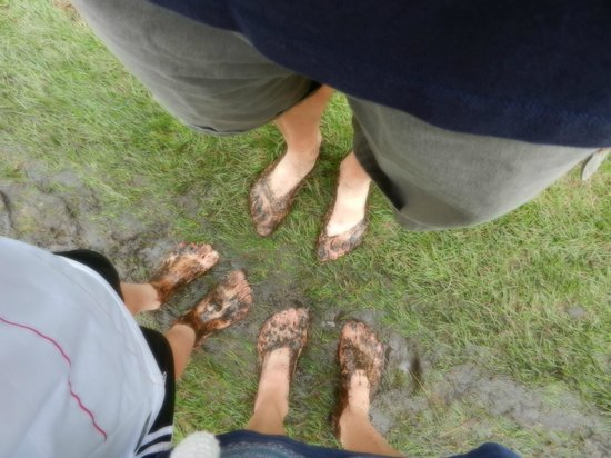 Blotevoetenpad :                   muddy feet