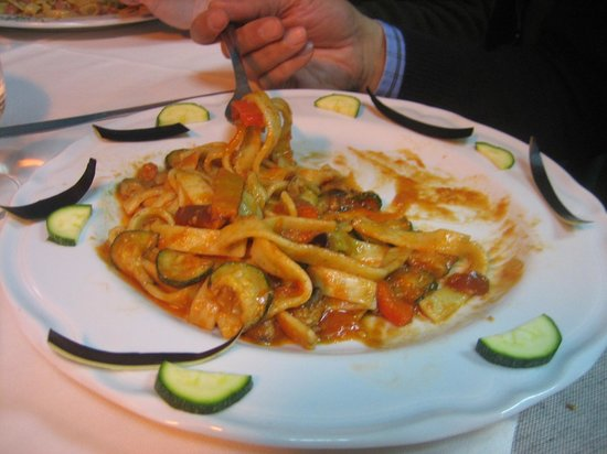 Le Bonta del Capo:                   scialatielli alle verdure